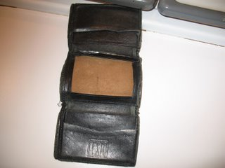 12008-brians-old-wallet-002.jpg